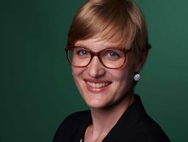 Dr. Caroline Rothauge